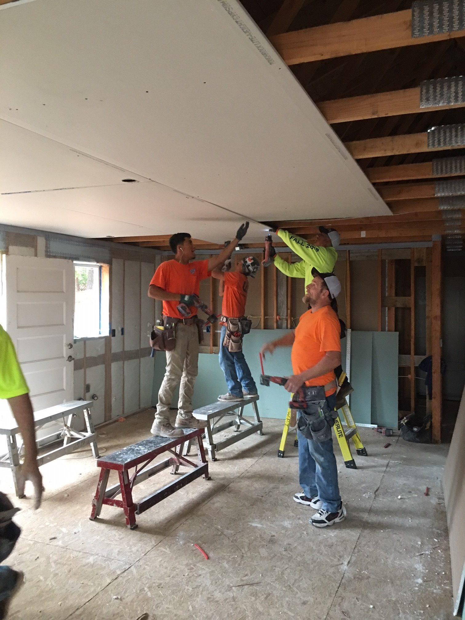 WPI Habitat for Humanity Hanging Drywall 4